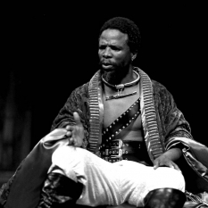 John-Kani-as-Othello_2-©-Ruphin-Coudyzer.jpg